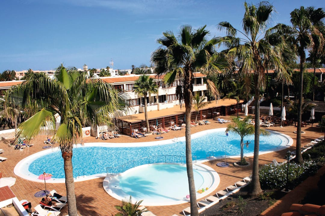 Holiday to Fuentepark Apartamentos in CORRALEJO (SPAIN) for 3 nights (SC) departing from gatwick on 20 Nov