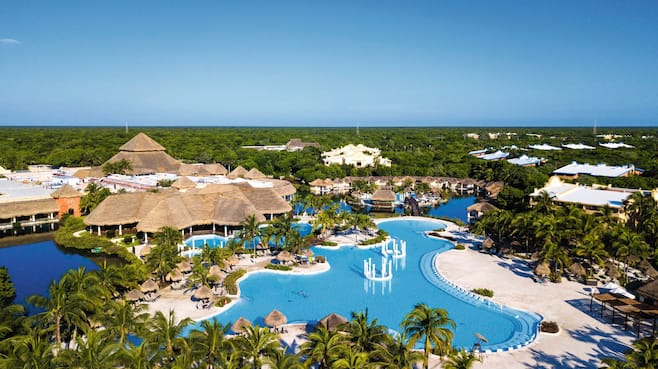 Grand Palladium White Sand Resort Spa Rooms