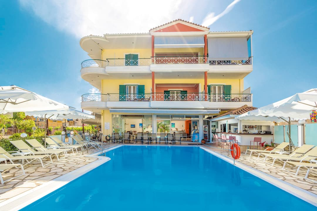 Holiday to Cosmopol Hotel in LEFKAS - NIDRI (GREECE) for 7 nights (SC) departing from gatwick on 03 May
