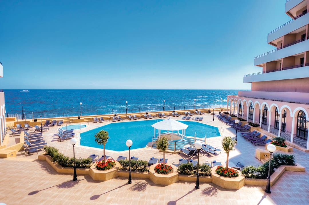 Holiday to Radisson Blu Resort Malta in ST JULIANS (MALTA) for 7 nights (BB) departing from manchester on 26 Nov