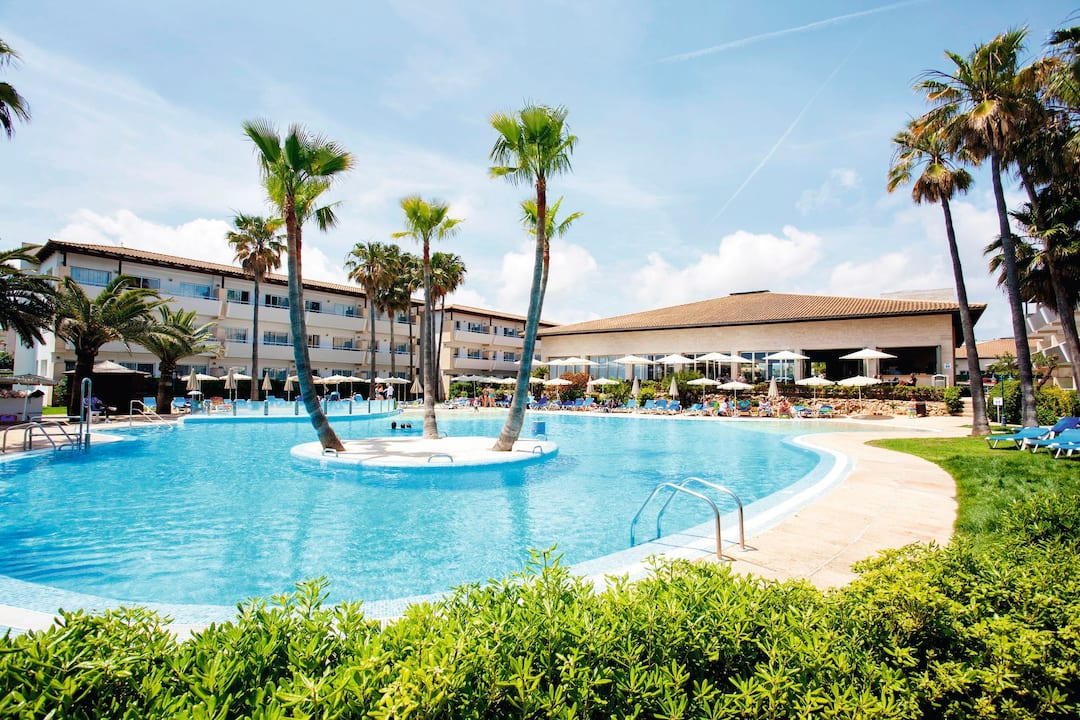 Holiday to Family Life Mallorca Mar in CALA BONA (SPAIN) for 3 nights (AI) departing from gatwick on 05 May