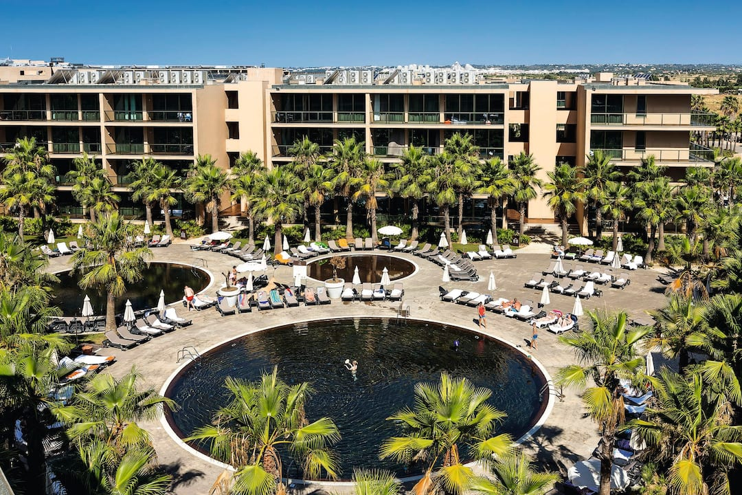 Holiday to Salgados Palm Village in SALGADOS (PORTUGAL) for 3 nights (AI) departing from stansted on 03 Oct