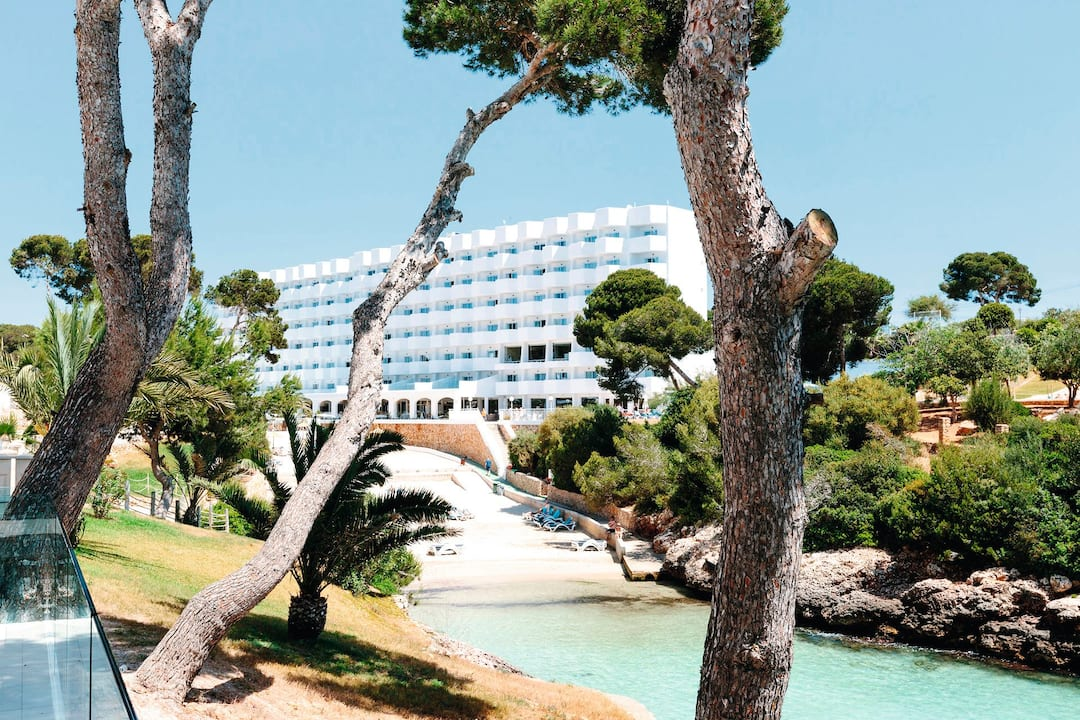 Holiday to Alua Soul Mallorca Resort in CALA DOR (SPAIN) for 3 nights (HB) departing from gatwick on 05 May