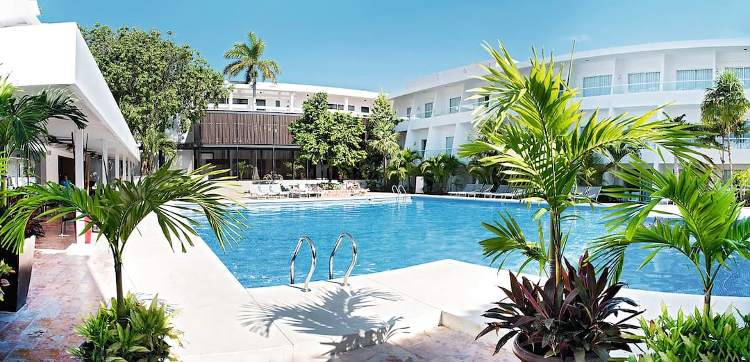Holiday to Cancun Bay Resort in CANCUN (MEXICO) for 7 nights (AI) departing from manchester on 17 May