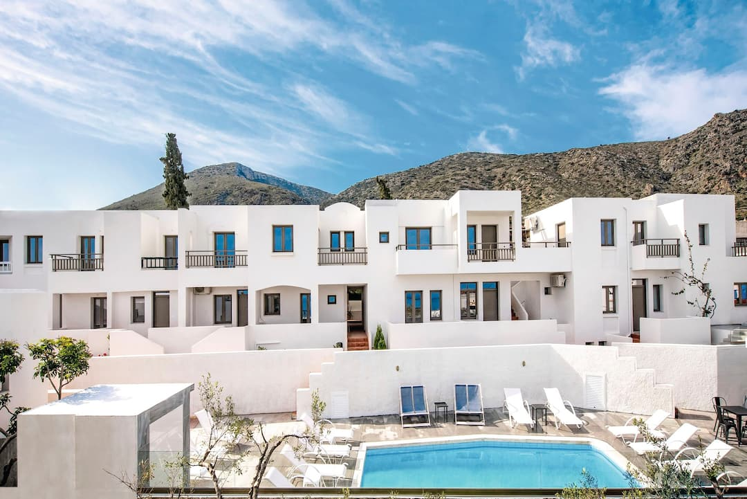 Holiday to Casa Bianca Boutique Hotel in KOUTOULOUFARI (GREECE) for 4 nights (BB) departing from birmingham on 03 May