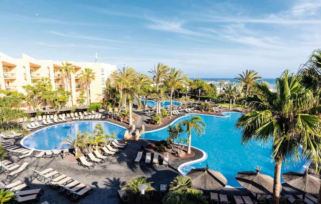 Holiday to Barcelo Fuerteventura Thalasso Spa in COSTA CALETA (SPAIN) for 3 nights (HB) departing from gatwick on 07 Dec