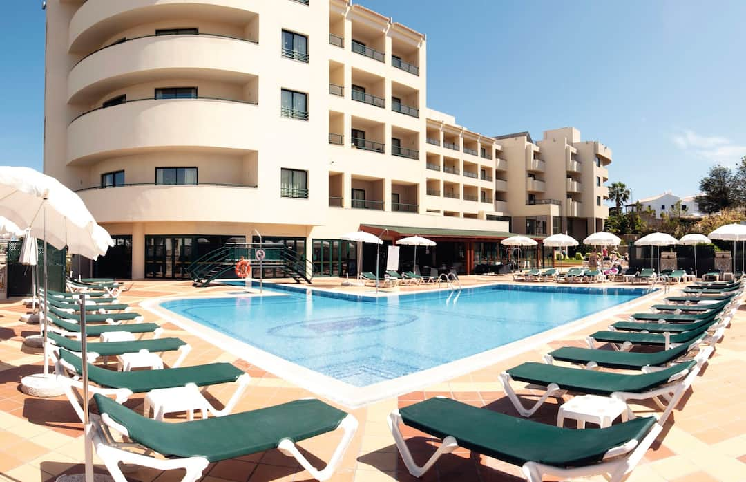 Holiday to Real Bella Vista Hotel & Spa in ALBUFEIRA (PORTUGAL) for 7 nights (AI) departing from east midlands on 07 May