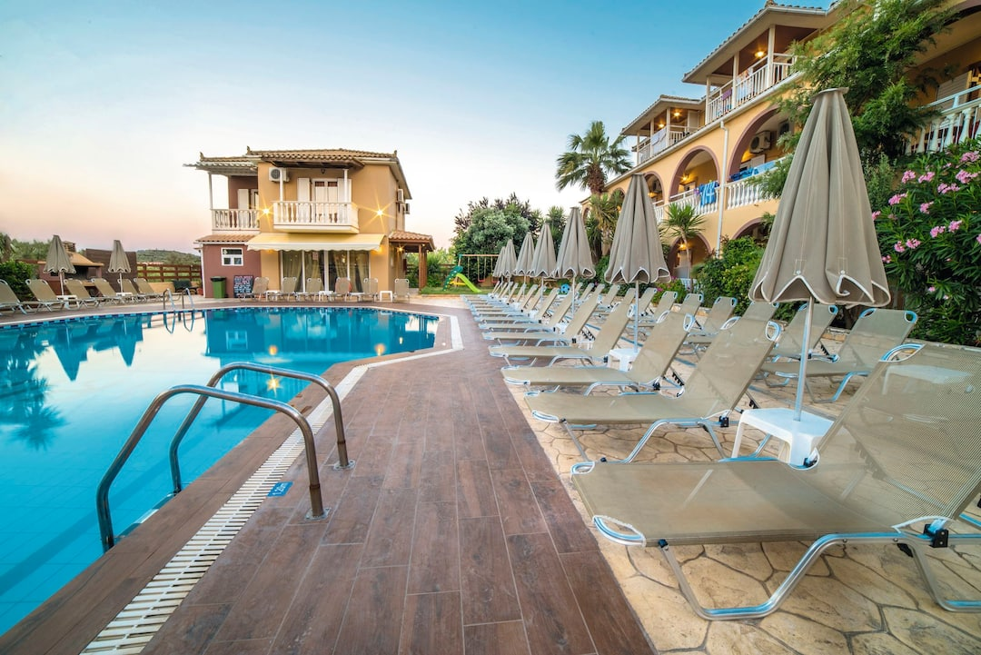 Holiday to Maria Studios & Apartments in ALYKES (GREECE) for 4 nights (SC) departing from gatwick on 11 Oct