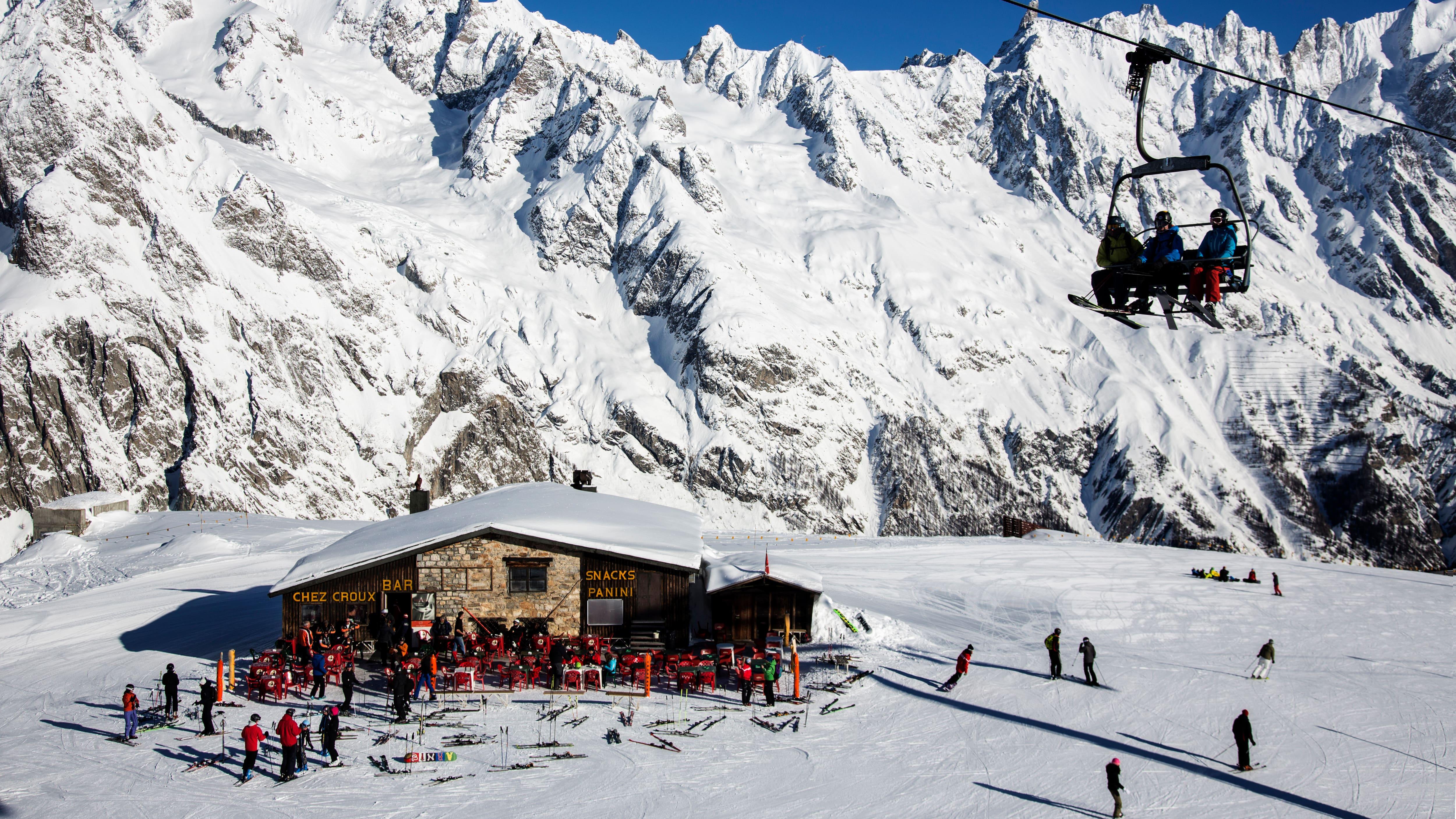 Mountain restaurant in Courmayeur