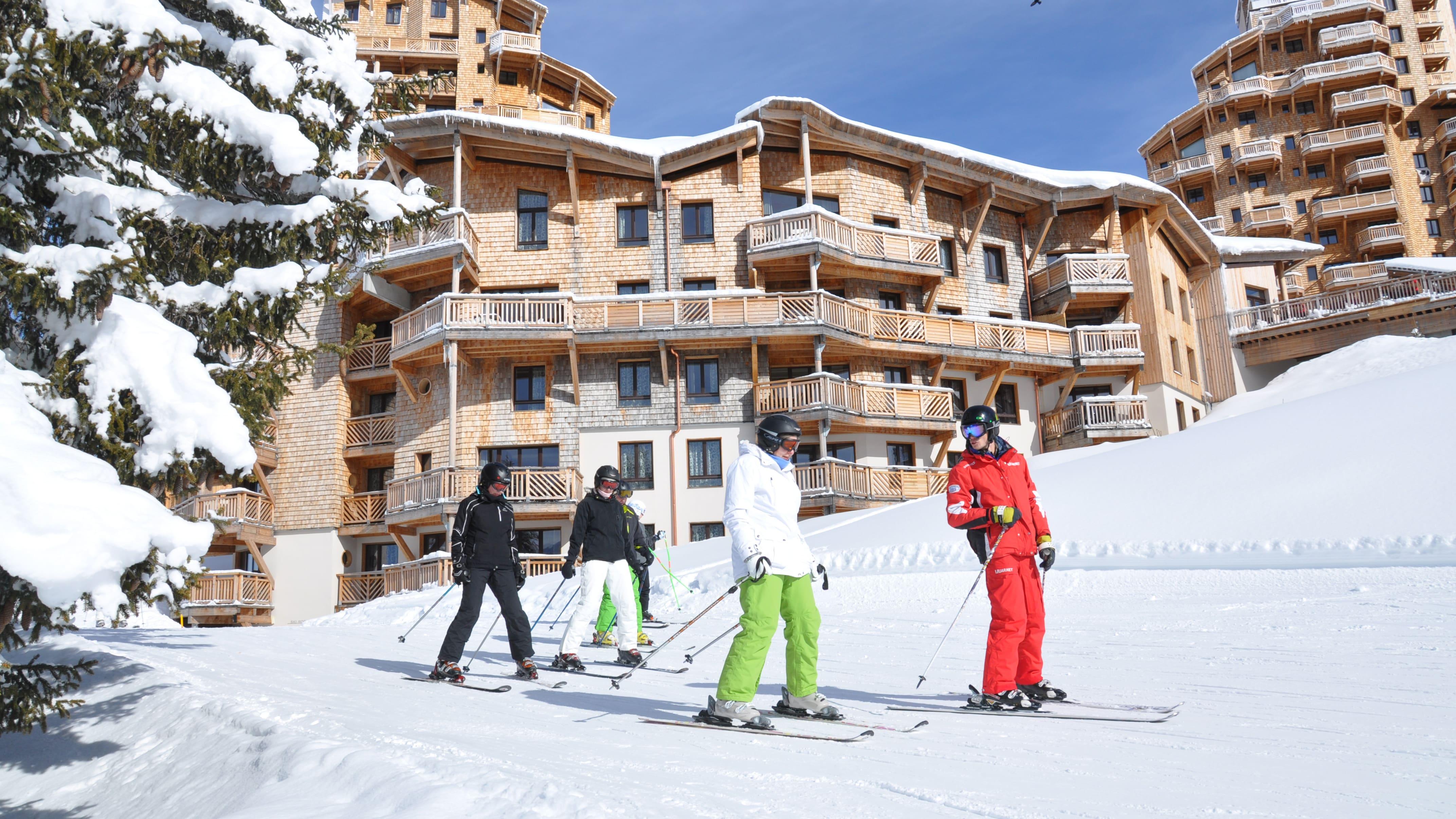 Skiers in Avoriaz