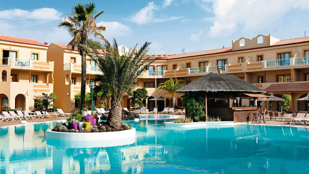 Holiday to Elba Lucia Sport & Suite Hotel in NUEVO HORIZONTE (SPAIN) for 3 nights (AI) departing from gatwick on 07 Dec