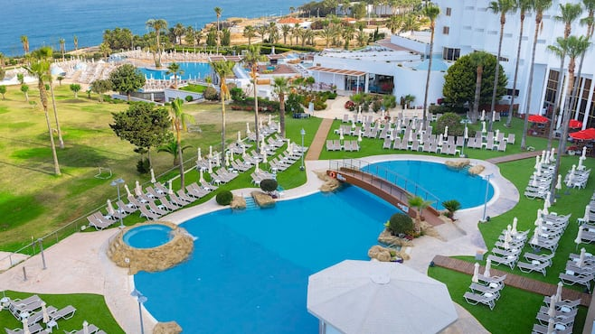 Laura Hotel Paphos Rooms