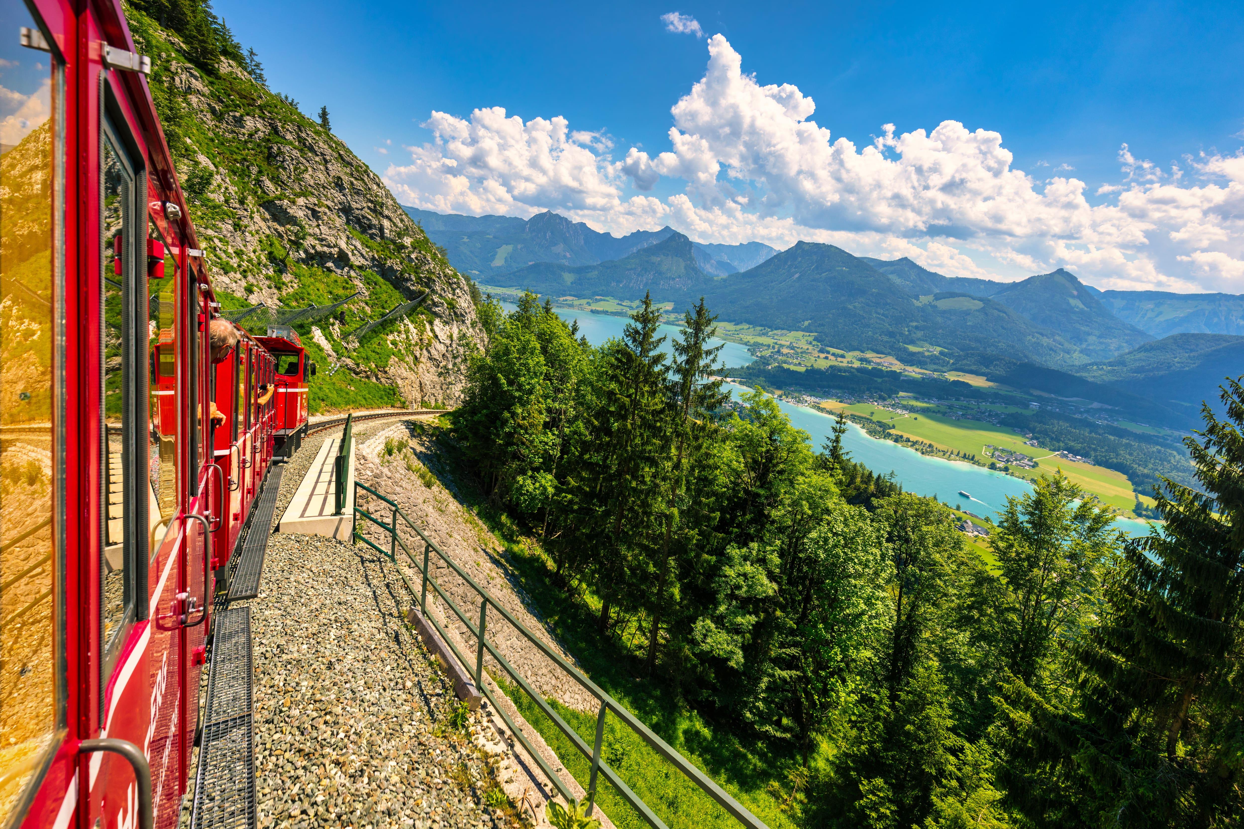 Schafberg mountain train