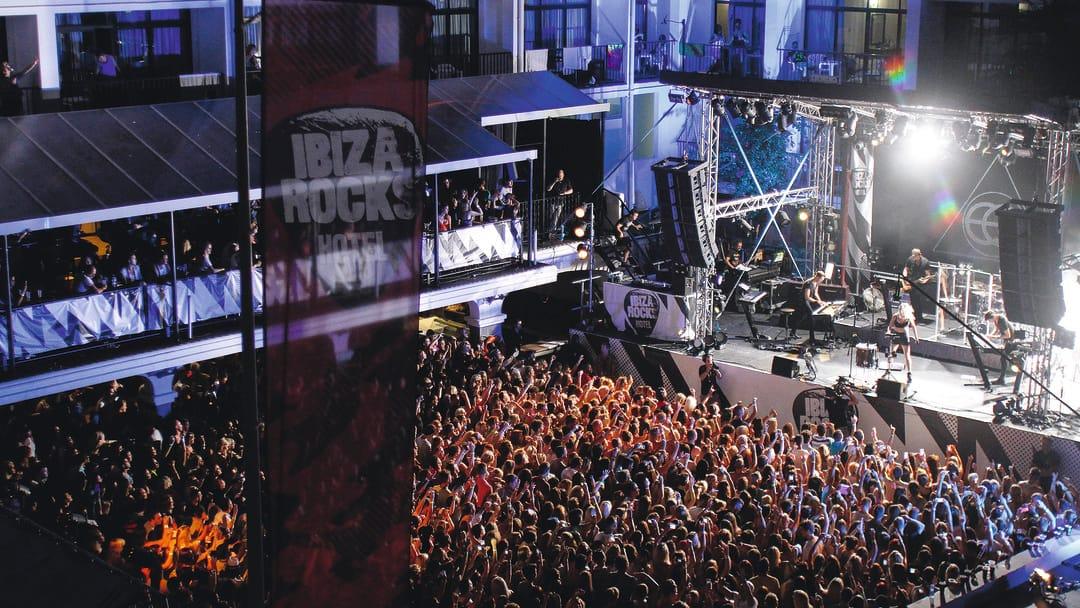 Over Capacity Hotel Room For Music Festivals