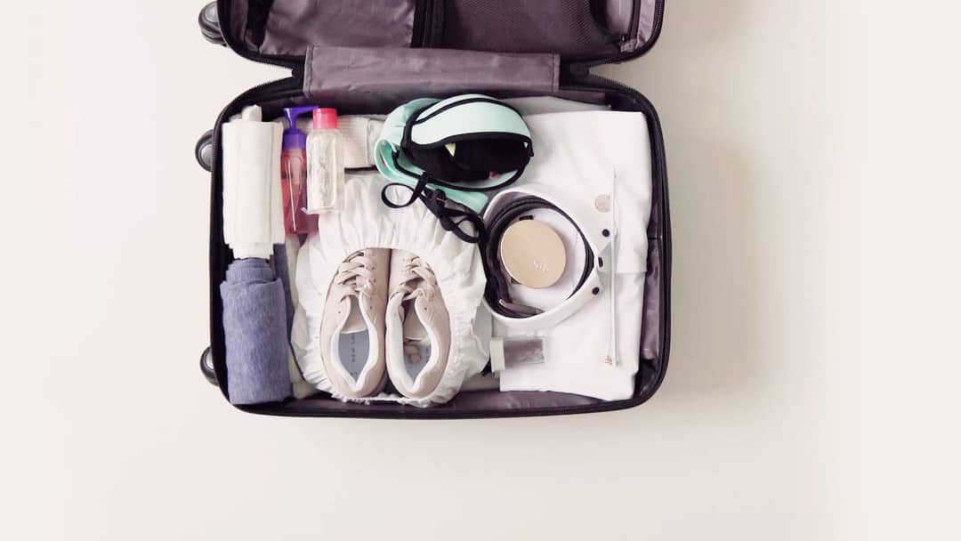 How to pack a suitcase  e5daec82f02e1